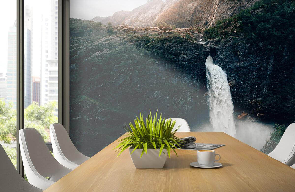 Wallpaper Une impressionnante chute d'eau 6