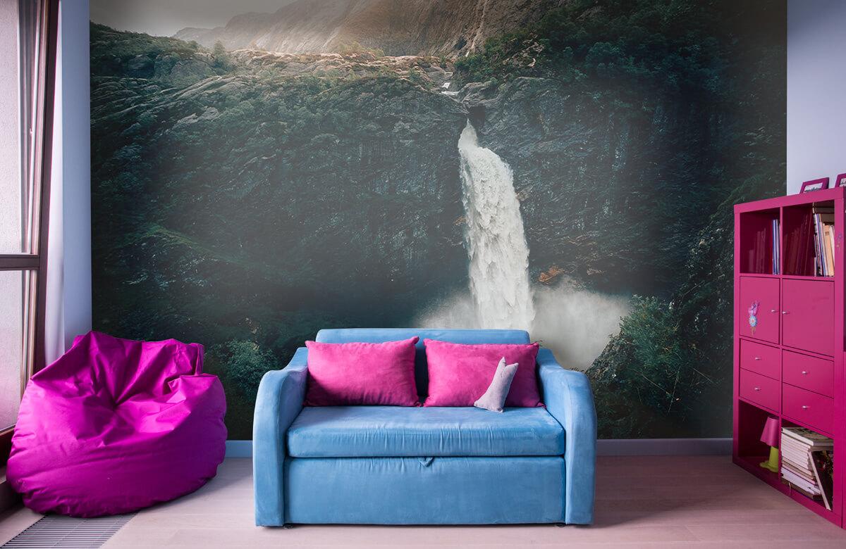 Wallpaper Une impressionnante chute d'eau 3